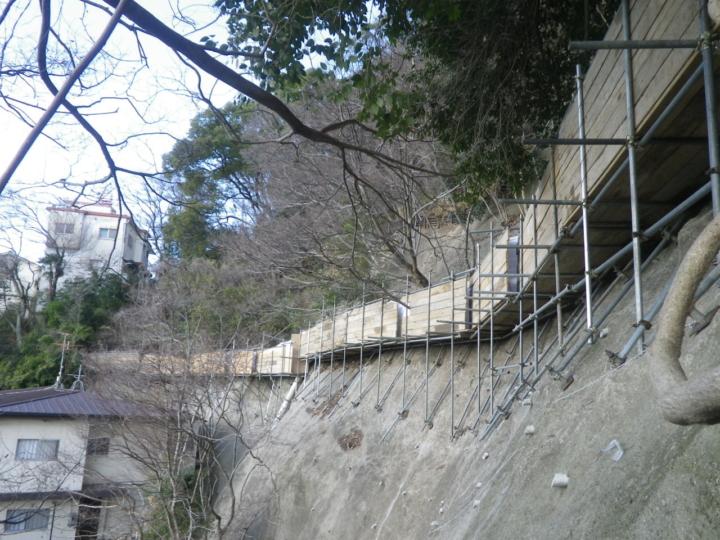 1仮設防護柵の設置1